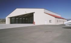 metal frame aircraft hangar